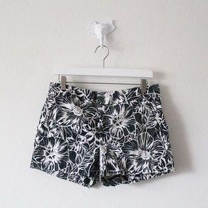 TLC Banana Republic Hampton Fit Floral Shorts